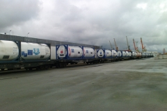 Transportation of liquid cargo in tank containers